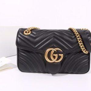 Gucci marmont medium black leather bag